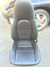 Passenger Side Perf Leather 8-way power Porsche 996 Seat Black