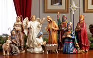 10 Inch Real Life Nativity 16-piece Set with Lighted Stable, Holy Family, Kings and Shephaerds, Angel, and Animals