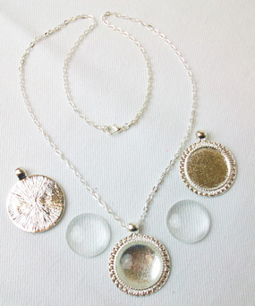 "Shiny Silver Sunflower Necklace Kit-Sunflower Pendant Tray, 18"" Rolo Chain Necklace and Glass Cabochons-10 pcs"
