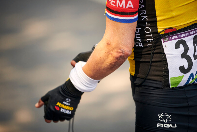 2021 Jumbo Visma Gloves Rider