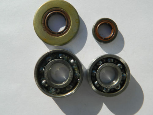 STIHL 038,MS 380 chainsaw crankshaft,flywheel side,main bearings and oil seals