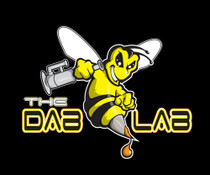 "BOROWEAR - The Dab Lab ""Honey Bee"" Tee"