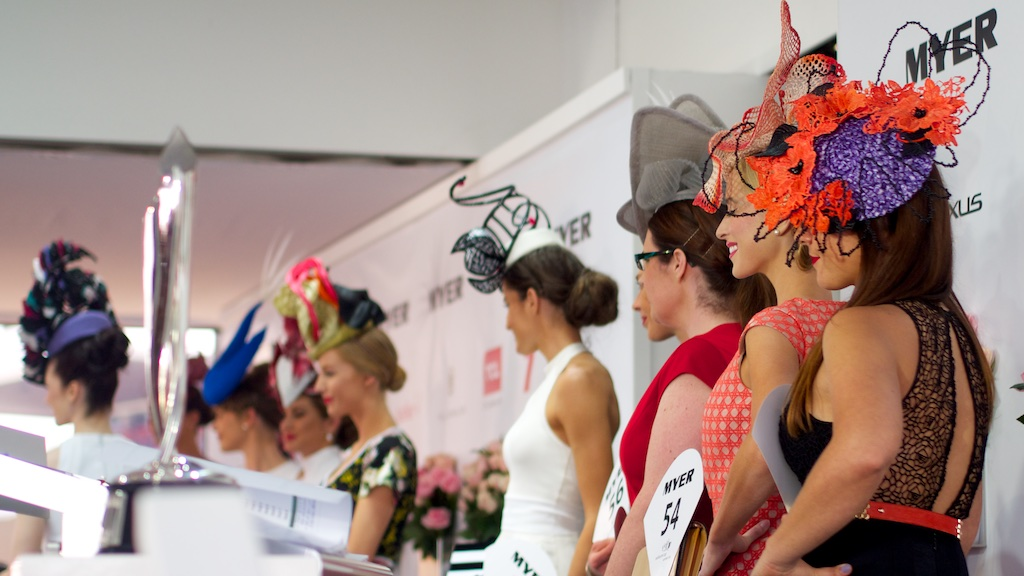 oaks-day-millinery-award-2014.jpg