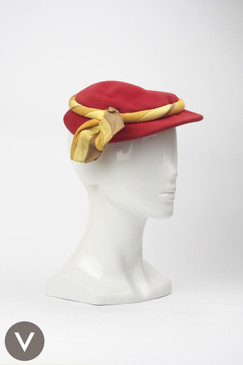 Vintage 1940/50s red felt cocktail style cap with yellow and brown ribbon trim