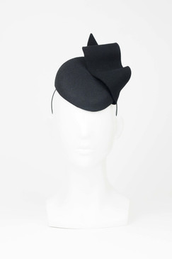 Max Alexander Black Wool Felt Beret with Wave