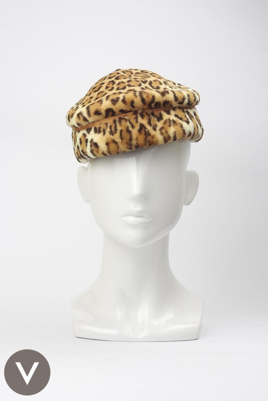 be4574bca95 Vintage 1960s leopard print fur felt cap