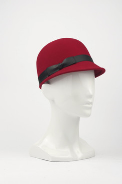 Max Alexander Wool Felt Peaked Cap with Matt PVC Trim in Black, Grey and Red