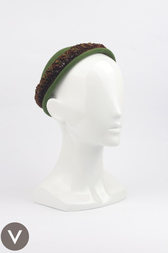 Vintage 1940s Hattie Carnegie Green Fur-Felt Cap with Braid Detail