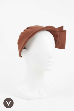 Brown 1940s/50s Felt Cap with Bow Trim