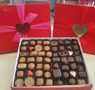 2 lb. Assorted Red Valentines day box