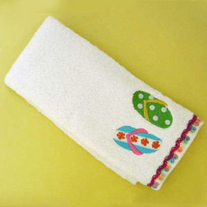 "Flip Flop ""Hanging Loose"" FINGER TIP TOWEL 45338"