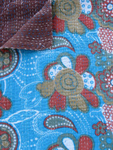 Turquoise 'Vintage Floral' Bedspread