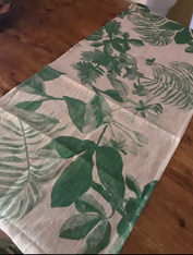 Green Leaves Table Runner