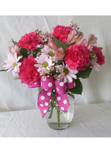 Sweet Candy Pink Carnation and Daisy Bouquet by Enchanted Florist Pasadena - Cheap flowers delivered to your home or office. Send get well flowers to your friend or loved one. We deliver daily to Houston Texas and surrounding areas. RM149