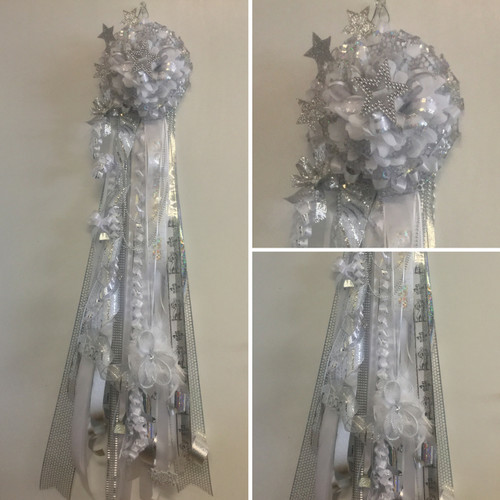 The Senior Homecoming Mum from Enchanted Florist includes a single mum flower, trinkets, chains, and three braids. Senior Mums are all white and accented in either gold or silver depending on your school.  HMC128