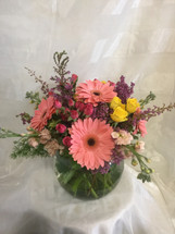 "Sweet Mom of Mine from Enchanted Florist Pasadena TX is a lovely pastel mixture of fresh flowers including pink gerberas, hot pink spray roses and other flowers in a rose bowl.  Approx 10""H x 10""W  For local delivery only. RM810"