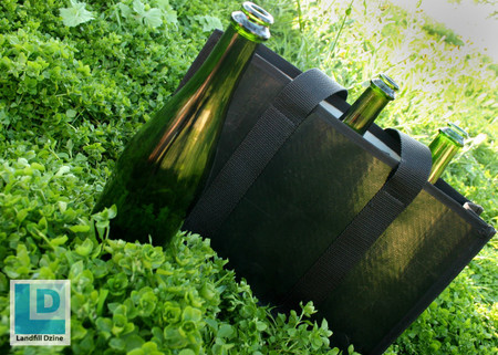 Features: •100% reclaimed irrigation hose (shinny Black) •Holds 3 bottles of Pino size bottles •When one bottle just isn't enough, this is the perfect bag for all those wine lovers out there. •Removable velco dividers (2 of them) •This wine bag effortlessly transform into a gym or beach tote •Soft cotton webbing handle •Shinny LD square logo in the front center
