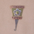 FLOWER POT NEEDLE THREADER