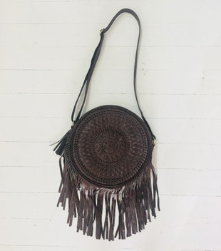 ROUND LEATHER FRINGE BAGS - BROWN