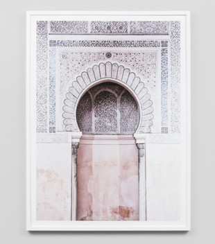 MOROCCAN ARCH - WHITE FRAME