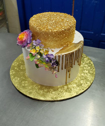 Model# 32001 Royal Icing Gold Drip