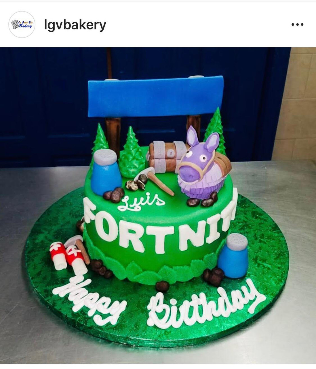 Fortnite Cake Lgv Bakery Find fortnite birthday cakes at these locations and dance in front of them to complete the challenge. fortnite cake lgv bakery