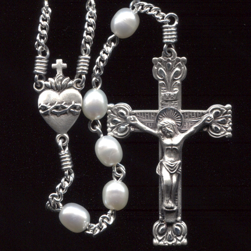 small freshwater pearl rosary, oval