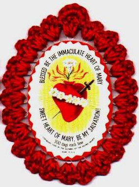 Crocheted badges of the Sacred Hearts of Jesus and Mary, Sacred Heart of Jesus and Immaculate Heart of Mary badge