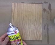 Wood veneer finishing: Spray the final coat.