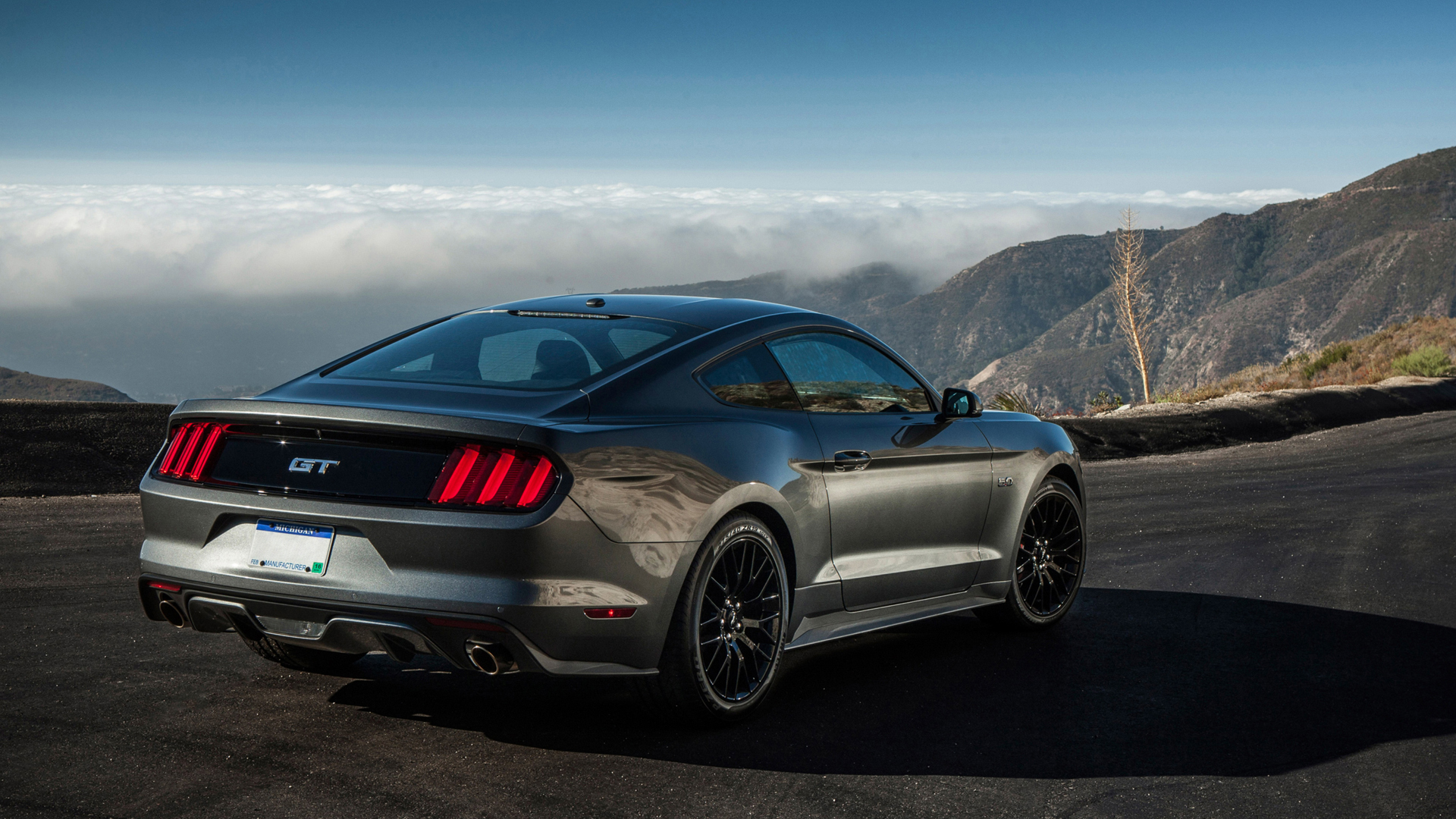 ford-mustang-gt-2015-wallpapers-hd-21.jpg