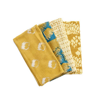 mix and match golden napkins