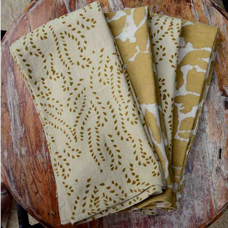 gold and yellow luxury napkin set