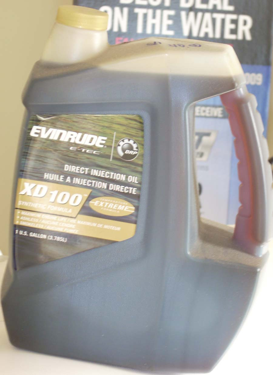 XD100 Synthetic oil for Evinrude ETEC's