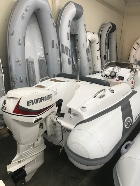 2020 Walker Bay Generation 400 with Honda 50 hp or Evinrude ETEC 50 hp  outboard
