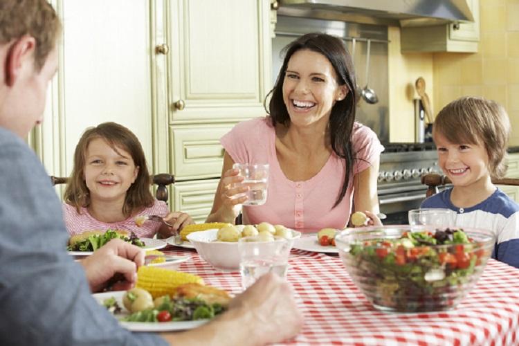 family-dinner-small.jpg