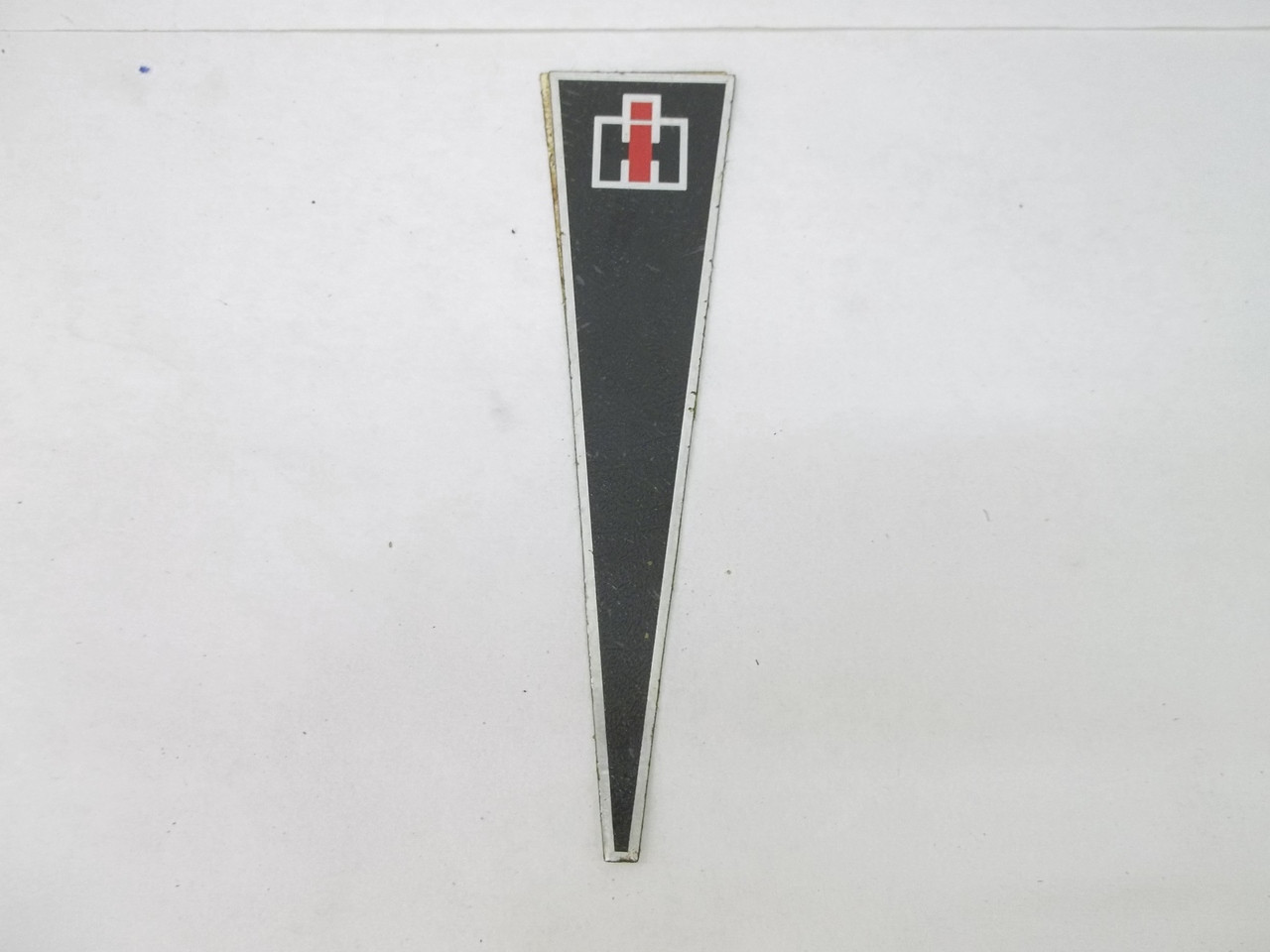 Cub Cadet IH Steering Wheel Decal with Foil Finish 108 128 129 149 1450  1650 (1C-1 -