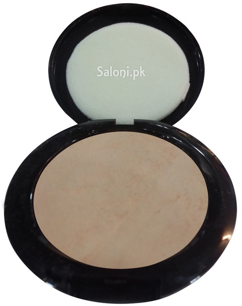 Christine Oil & Shine Control Compact Powder Tan 920 open front