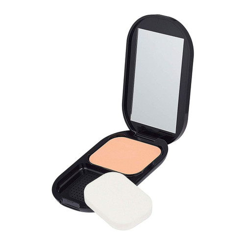 Max Factor Facefinity Compact. Lowest price on Saloni.pk.