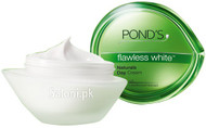Pond's Flawless White Naturals Day Cream Front