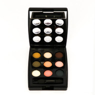 Karaja Eyeshadow Wonderbox. Lowest price on Saloni.pk.