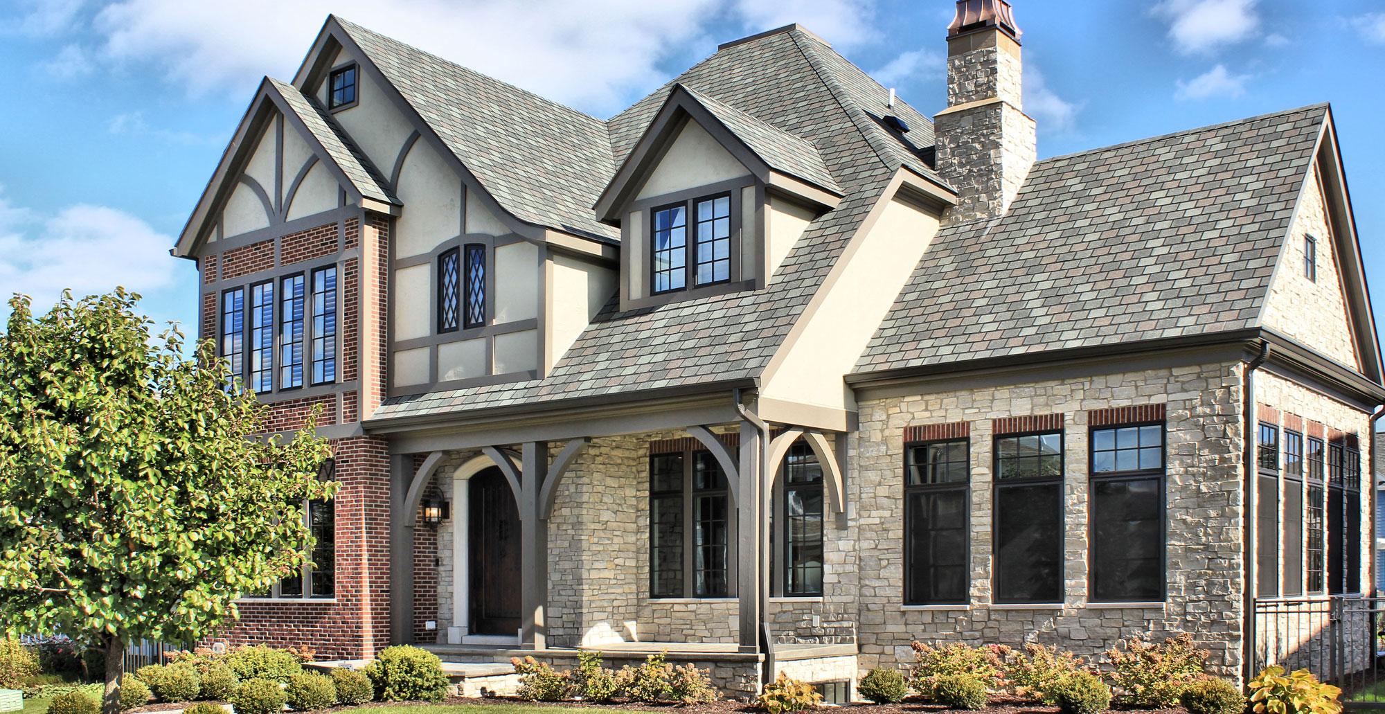 fond-du-lac-country-squire-brick-veneer-stone-home-full-thin-stone-veneer-45a-1280x660.jpg