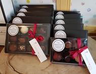 Simply gorgeous handmade chocolates made locally by our friends at The Magnificent Chocolate Company. This specially packed for Chelsea Flowers selection of 12 chocolates are all suitable for Vegetarians, and are produced in small batches from single origin Columbian Chocolate. As these are handmade and fresh, they typically have a shorter shelf-life than supermarket chocolates, but really - if you have them longer than a week then you are not 'doing it' correctly!
