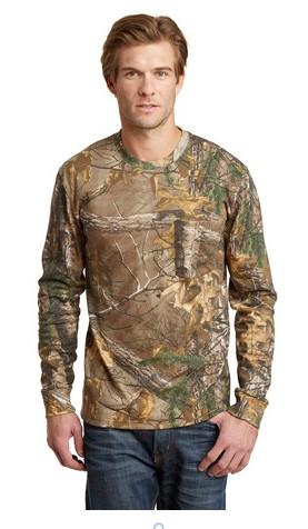 463e4abd54f91 Realtree Long Sleeve Explorer 100% Cotton Camo T-Shirt with Pocket ...