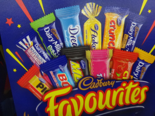 Cadbury Favourites 820g Fairdinks