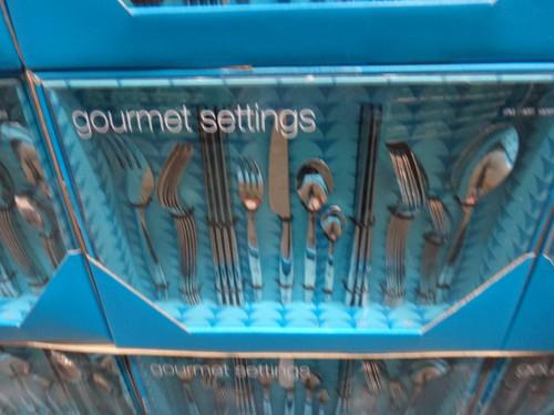 Gourmet Settings Stainless Steel Flatware 34 Piece Set | Fairdinks