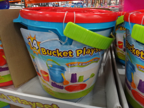 Beach Bucket Playset 14 Piece | Fairdinks