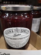 Tiptree Raspberry Preserve 908g