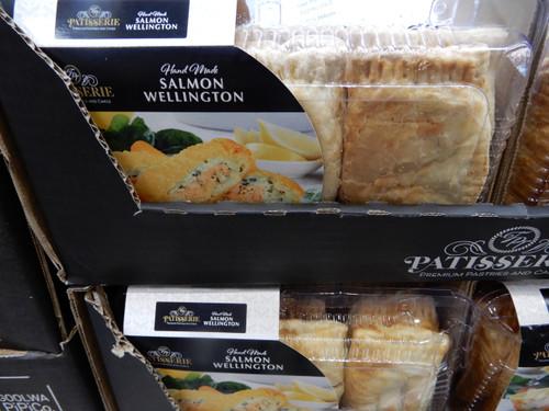 TPT Patisserie Salmon Wellington 6 x 130G | Fairdinks