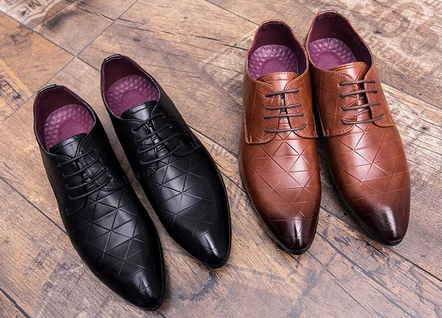 Men's triangle pattern leather derby dress shoes
