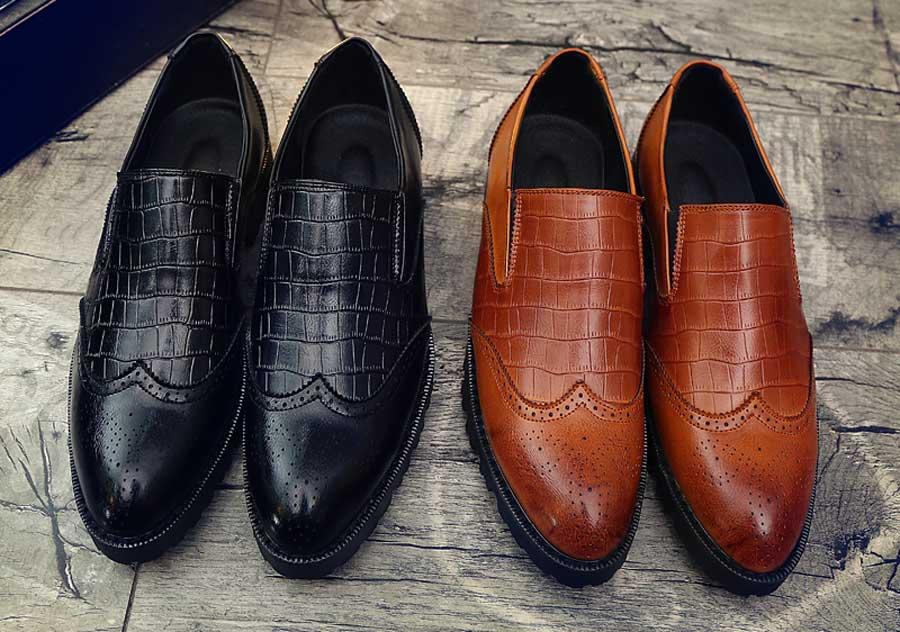 Men's retro pattern brogue slip on dress shoes